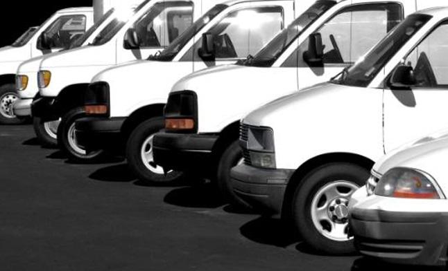 Dân Mỹ sợ xe tải trắng vì tin đồn trên Facebook