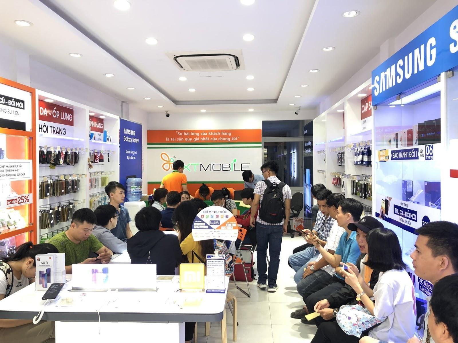 Đại tiệc mua sắm 12/12: iPhone 7 Plus, Galaxy S10 5G giảm đến 900 ngàn đồng tại XTmobile