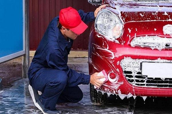 Những sai lầm khi tự rửa ô tô tại nhà