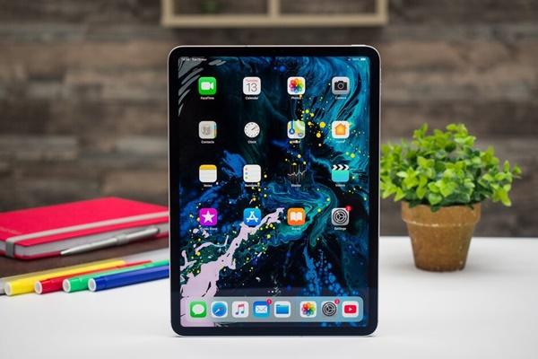 iPad Pro 2020 lộ ảnh render với 3 camera sau giống iPhone 11 Pro