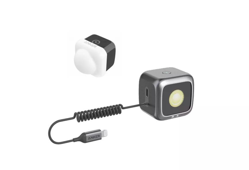 Công ty chuyên sản xuất sạc và dây cáp nổi tiếng Anker vừa công bố một phụ kiện hoàn toàn mới dành cho iPhone, giúp nâng tầm cuộc chơi ánh sáng trên nhiếp ảnh di động. Phụ kiện này là một chiếc đèn flash LED, có thể được kết nối với chiếc iPhone 11 thông qua cổng Lightning.