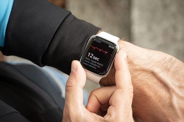 Apple Watch Series 5 màu đỏ có thể ra mắt trong 2020