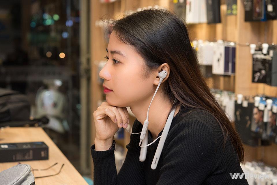 Đánh giá Sony WI-1000XM2: Đằng sau mức giá cao bất ngờ của một tai nghe choàng cổ