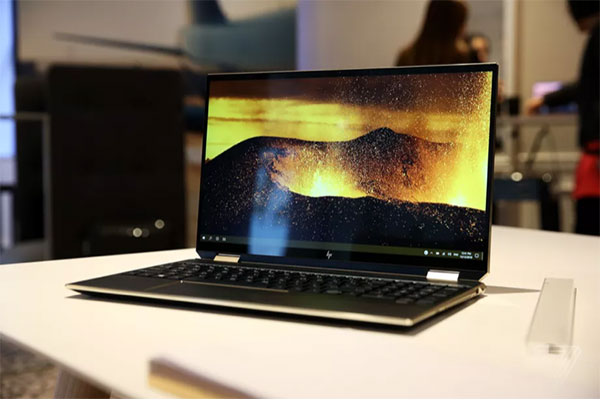 [CES 2020] HP Spectre x360 15 inch được làm mới: viền màn hình mỏng, trackpad tốt hơn