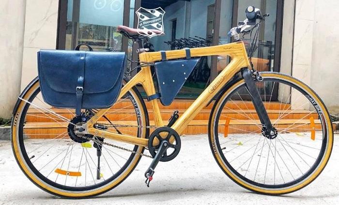 Chiếc xe đạp tre Việt tài trợ cho câu lạc bộ Hà Lan Heerenveen giá hơn 57 triệu đồng