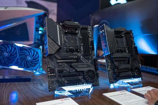 """[CES 2020] MSI trình làng mainboard X570 TOMAHAWK và Creator TRX40: dành trọn """"con tim"""" cho AMD Ryzen"""