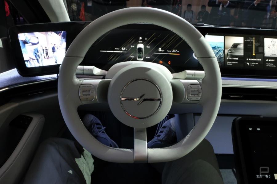 Có gì hot ở xe điện Sony vừa xuất hiện tại CES 2020?