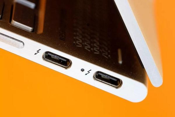 Thunderbolt 4 sẽ xuất hiện năm 2020 nhưng USB vẫn là vua cổng cắm trên PC