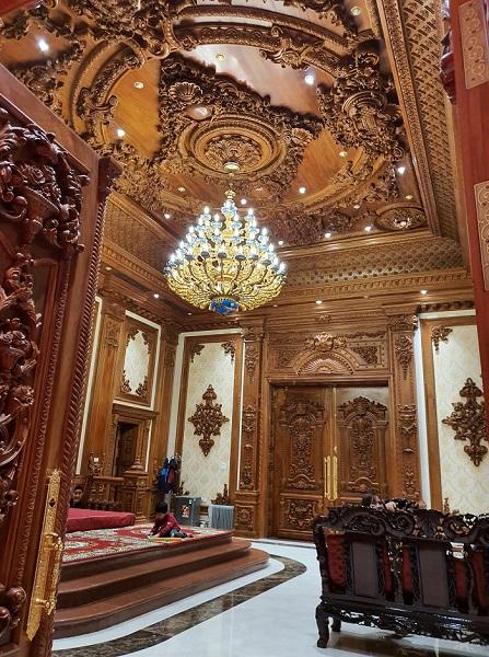 """Bên trong cung điện """"nghìn tỷ"""" ở Ninh Bình lộng lẫy nhất Việt Nam"""