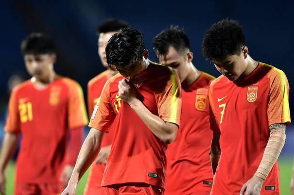 Góc đối xử: U23 Trung Quốc phải về nước bằng chuyến bay hạng phổ thông