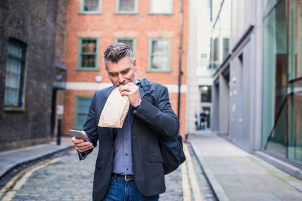 3 điều bạn không nên làm ngay sau khi ăn