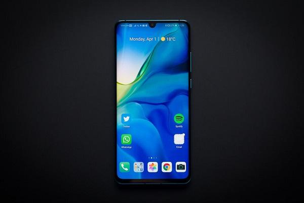 Đây là những smartphone Huawei được lên đời EMUI 10 trên nền Android 10