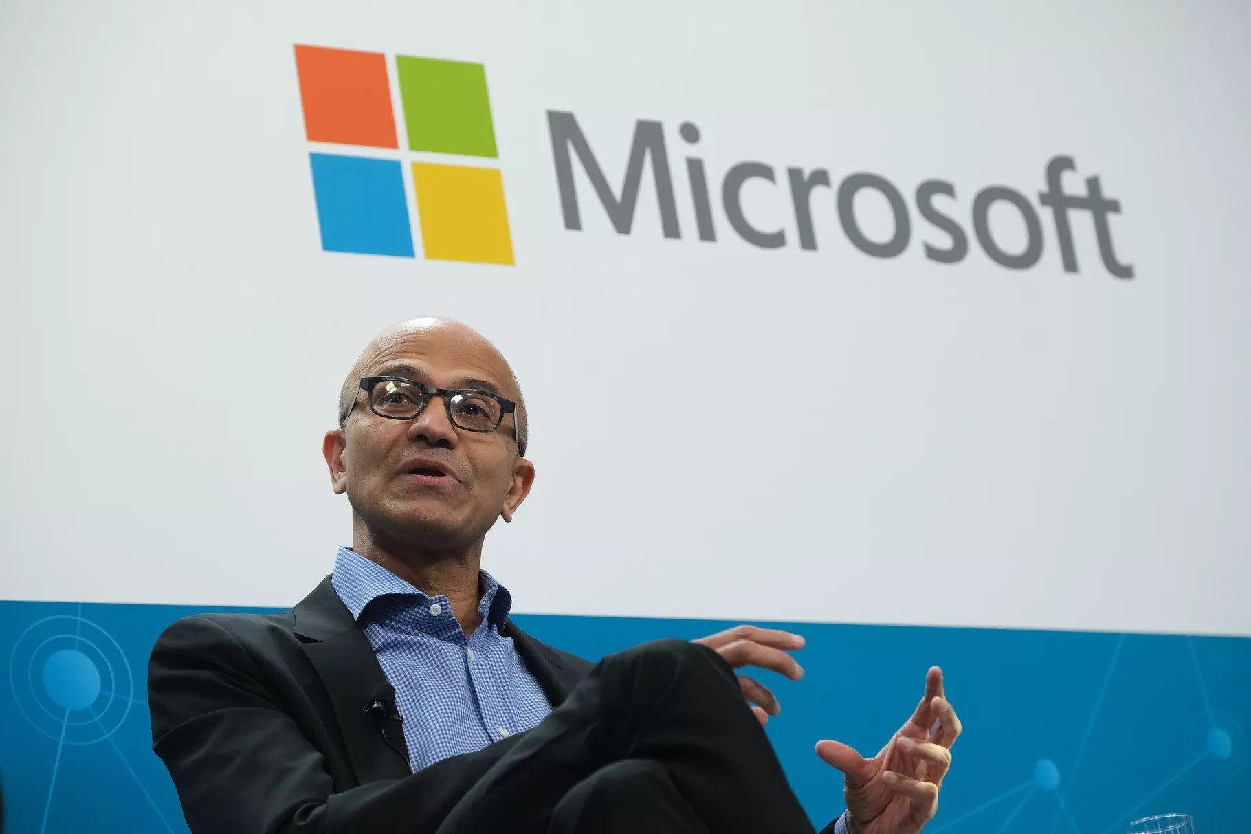 """CEO Microsoft: hướng tới một kỷ nguyên """"hậu"""" Windows, iOS và Android trong tương lai"""