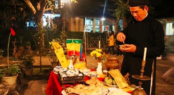"""Trình tự ngày Tết của người Việt thực hiện thế nào cho """"chuẩn""""?"""