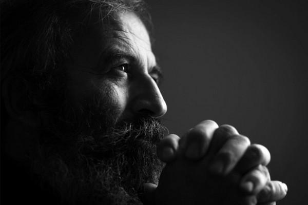 Tại sao những người thông minh thường hay nghi ngờ năng lực của bản thân?