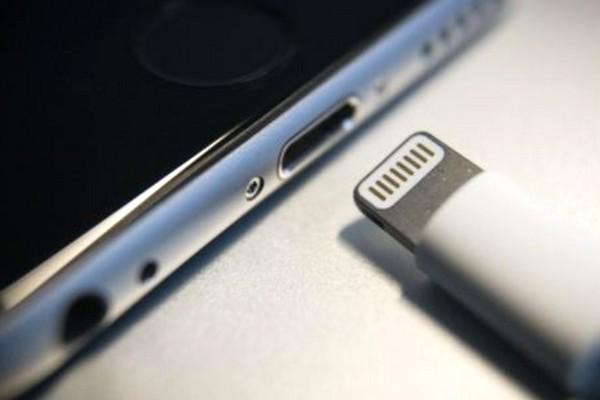 Apple phản pháo dự luật của EU: Nếu bỏ cổng Lightning, rác thải điện tử sẽ tràn ngập