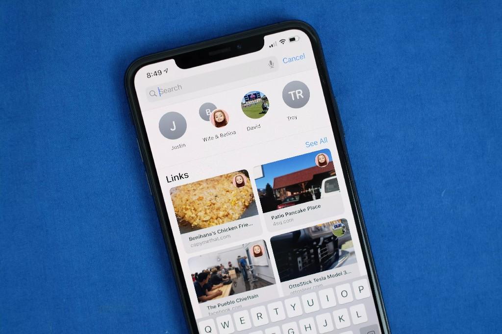 Tin nhắn (Messages) là một ứng dụng mạnh mẽ với khá nhiều tính năng ẩn (Ảnh: Jason Ciprianl/CNET)