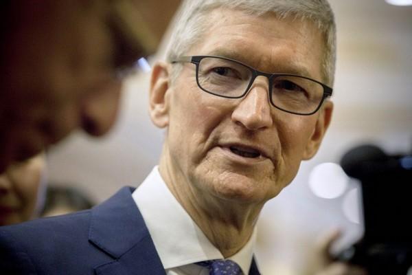 Tim Cook: Apple không chắc chắn về doanh thu quý tới do bùng phát virus corona tại Trung Quốc