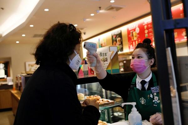 Coronavirus bùng phát: các công ty toàn cầu đồng loạt đóng cửa, cấm nhân viên đến Trung Quốc