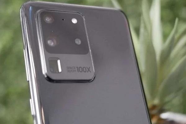 Lộ diện hình ảnh thật của Galaxy S20 Ultra và ốp lưng LED cho S20 trước thềm ra mắt