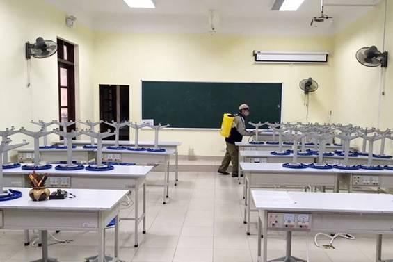 4 tỉnh tạm cho học sinh nghỉ vô thời hạn
