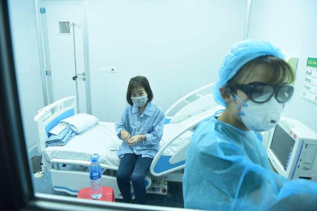 Nóng: Thêm 2 người Việt Nam nhiễm virus corona, là người thân của bệnh nhân ở Vĩnh Phúc trước đó