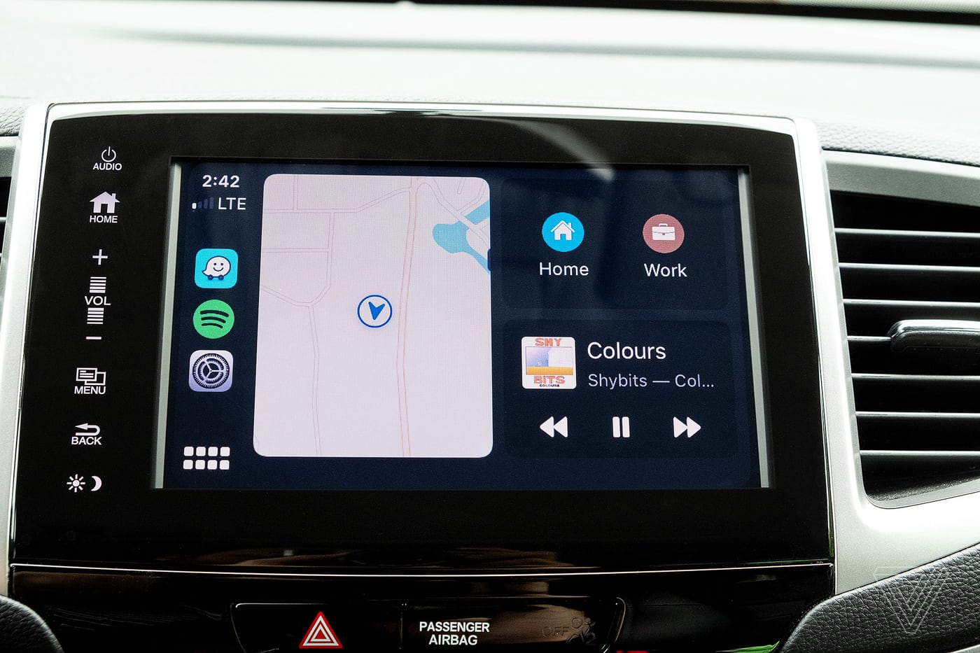 iPhone, Apple Watch sắp được trang bị tính năng mở khoá xe ô tô