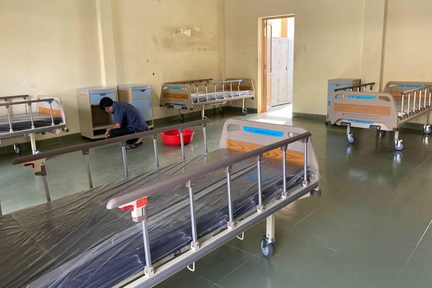 Bên trong bệnh viện dã chiến đầu tiên phòng dịch do virus Corona tại thành phố Hồ Chí Minh