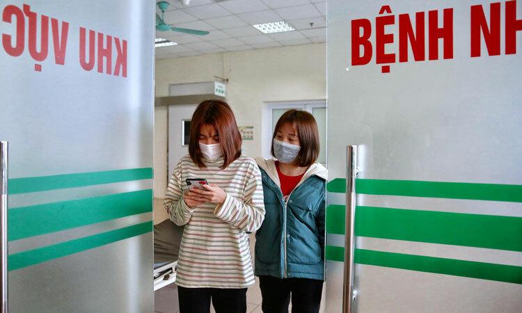 Hơn 1.000 người tử vong vì virus corona, Việt Nam có ca dương tính thứ 15