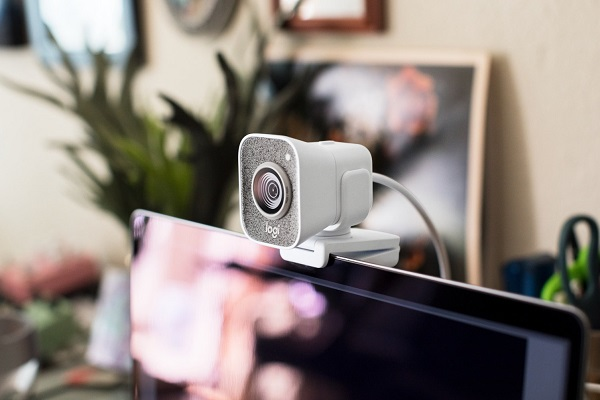 Logitech ra mắt StreamCam, webcam cho giới streamer giá 170 USD
