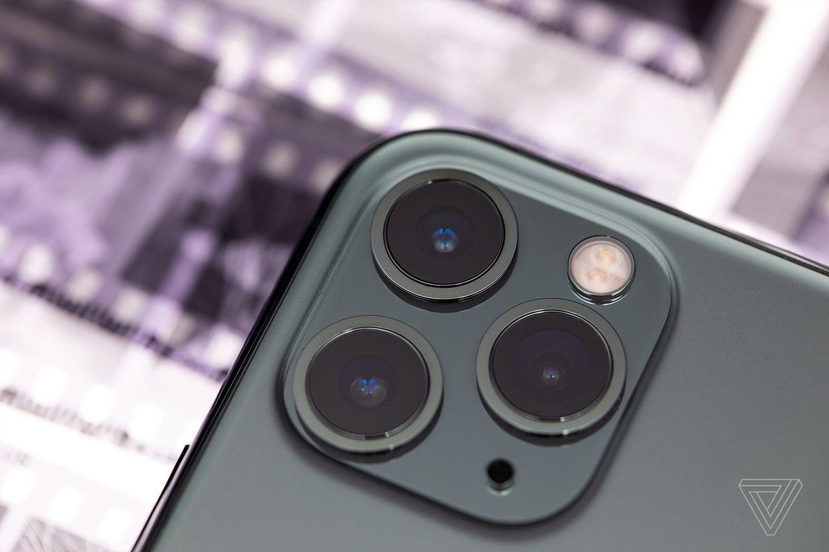 iPhone 11 Pro phát ra bức xạ gấp hai lần ngưỡng cho phép