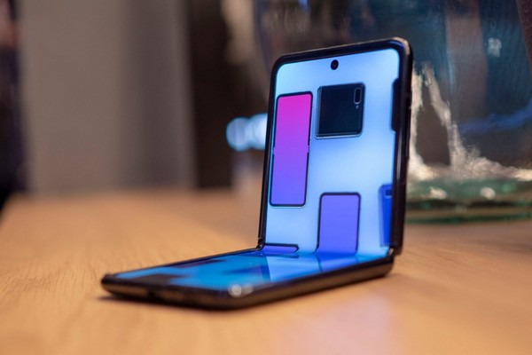 Sếp Samsung: Chúng tôi sẵn sàng ra mắt smartphone gập ba nhưng còn phải xem phản ứng khách hàng
