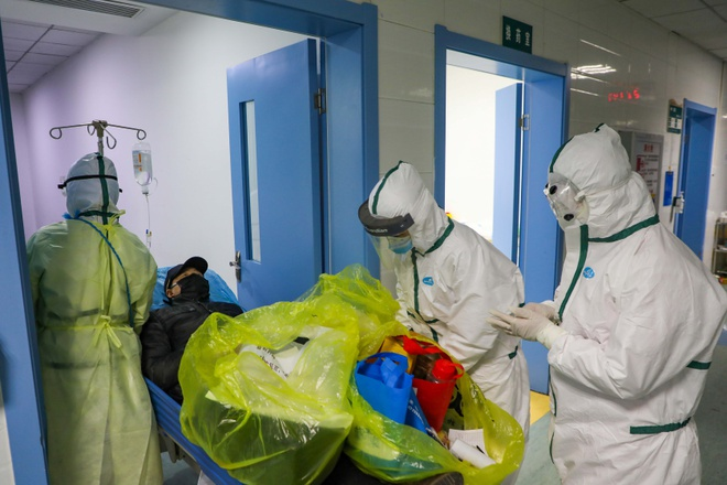 Trung Quốc lần đầu xác nhận 1.716 nhân viên y tế nhiễm virus corona