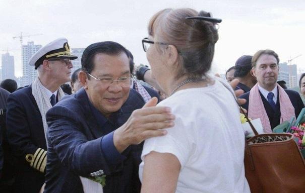 Các hãng hàng không từ chối chở khách từ tàu Westerdam cập cảng Campuchia