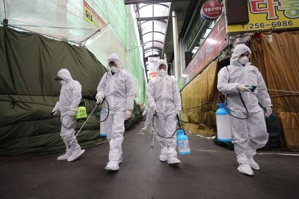 Sau khi Samsung ngừng nhà máy ở Gumi, các công ty Hàn Quốc bắt đầu chuẩn bị ứng phó với Covid-19