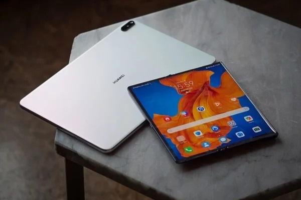 Chiếc tablet MatePad mới từ Huawei có bề ngoài khá giống với iPad Pro của Apple