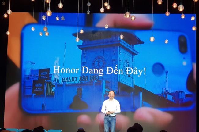 Honor bất ngờ giải tán nhân sự tại Việt Nam, phó thác việc truyền thông và marketing cho nhà phân phối, đối tác