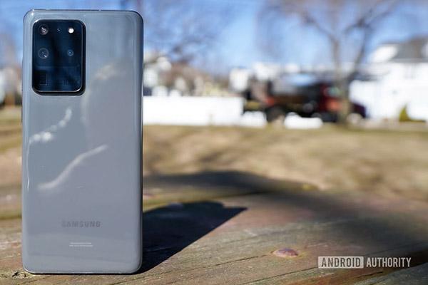 Samsung tung bản cập nhật khắc phục lỗi lấy nét trên camera Galaxy S20 Ultra