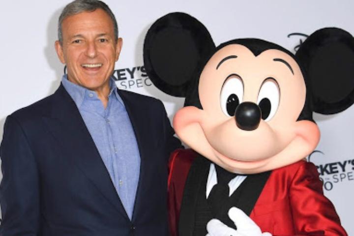 Dưới triều đại của mình, Bob Iger đã giúp Disney chuyển mình như thế nào?