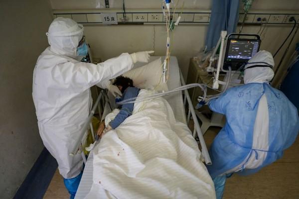WHO hối thúc các quốc gia dự trữ máy thở để chống lại dịch bệnh Covid-19