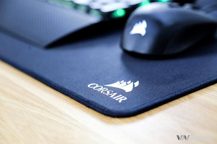 Đánh giá nhanh pad chuột Corsair MM500 3XL: Phụ kiện gaming cao cấp bạn không hề biết mình cần