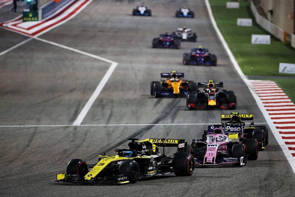 Lần đầu tiên trong lịch sử giải đua xe F1 diễn ra không có khán giả