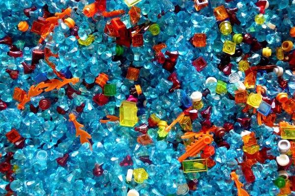 """""""Cơn nghiện"""" đồ nhựa của Nhật Bản đang đe dọa đại dương và chôn vùi sự sống của sinh vật biển"""