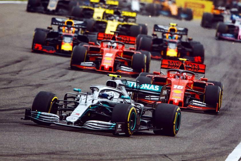 Ba thành viên các đội đua đang phải cách ly, giải F1 đứng trước thách thức cực lớn