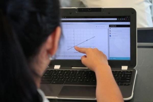 Tất cả học sinh cấp 2 tại Singapore sẽ sở hữu riêng một thiết bị số vào năm 2028