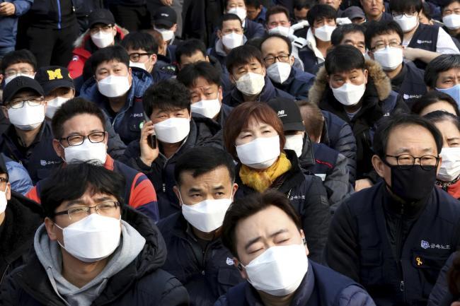 Công ty Trung Quốc xây dựng hệ thống có khả năng nhận diện khuôn mặt người đang đeo khẩu trang