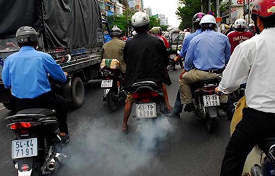 Kiểm soát khí thải xe máy