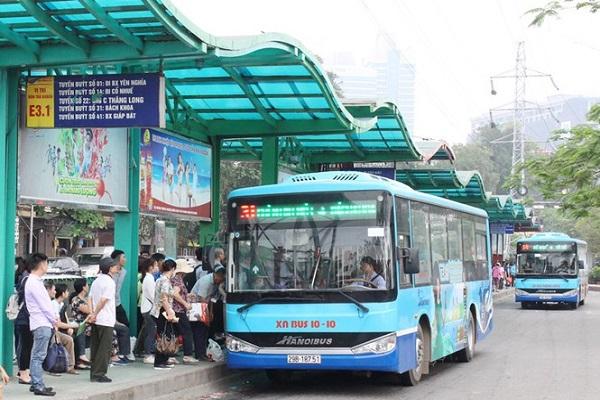 Hà Nội giảm 900 lượt xe buýt do ảnh hưởng Covid-19