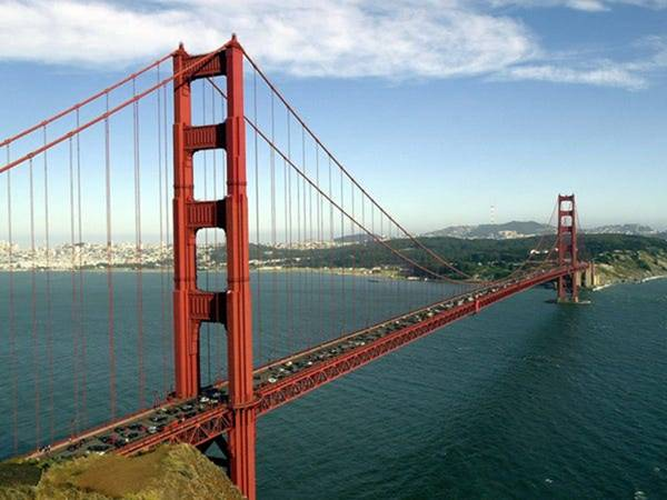 Cầu Cổng Vàng nổi tiếng tại Mỹ điêu đứng vì dịch Covid-19, mất 300.000 USD mỗi ngày