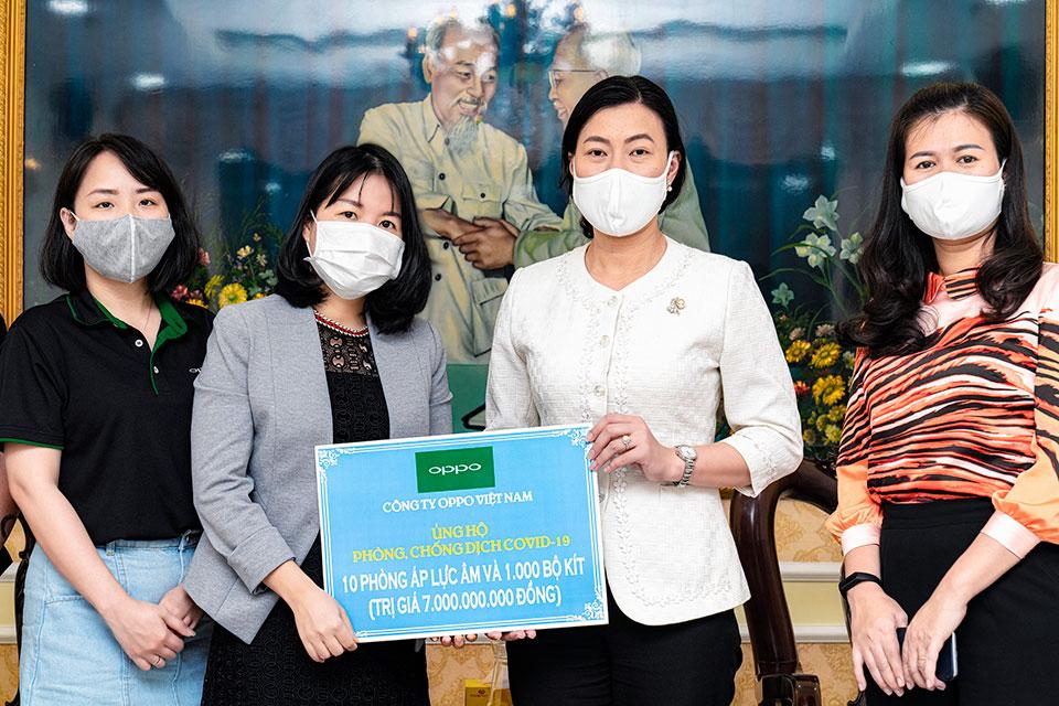 Oppo Việt Nam tặng 7 tỷ đồng xây 10 phòng cách ly và 1.000 bộ kit xét nghiệm Covid-19